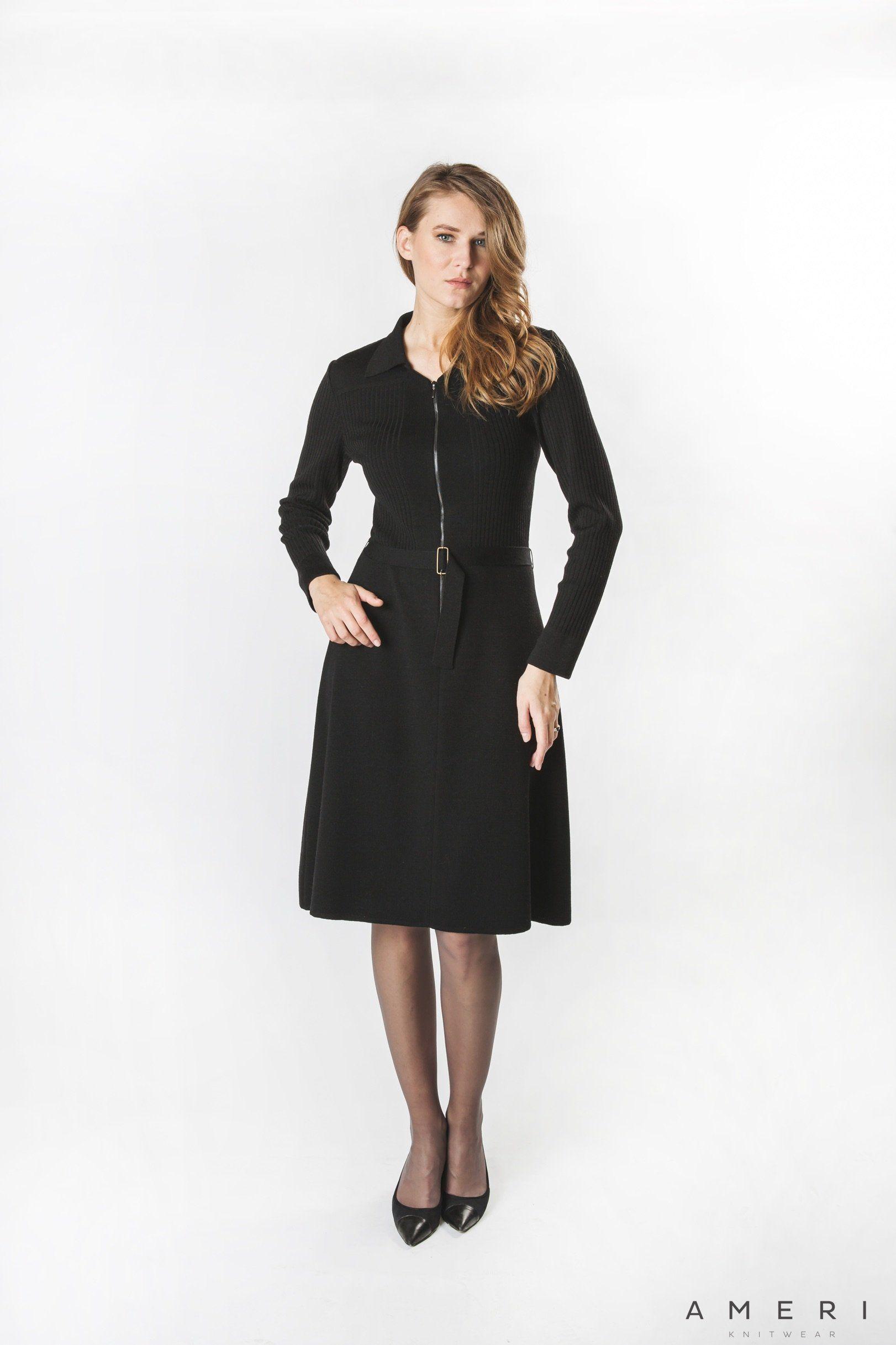 Merino kleita ar rāvējslēdzi