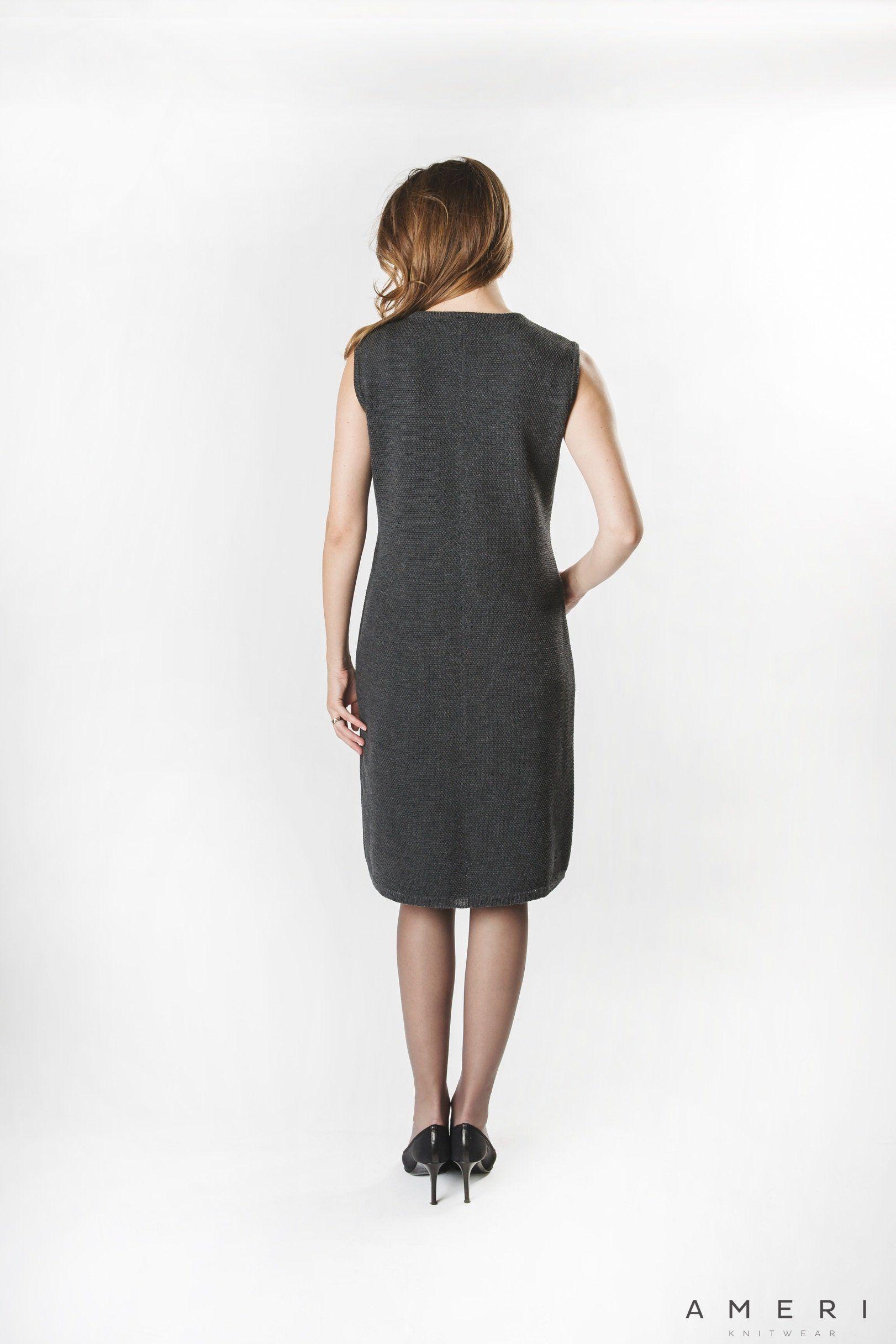 Merino stila kleita