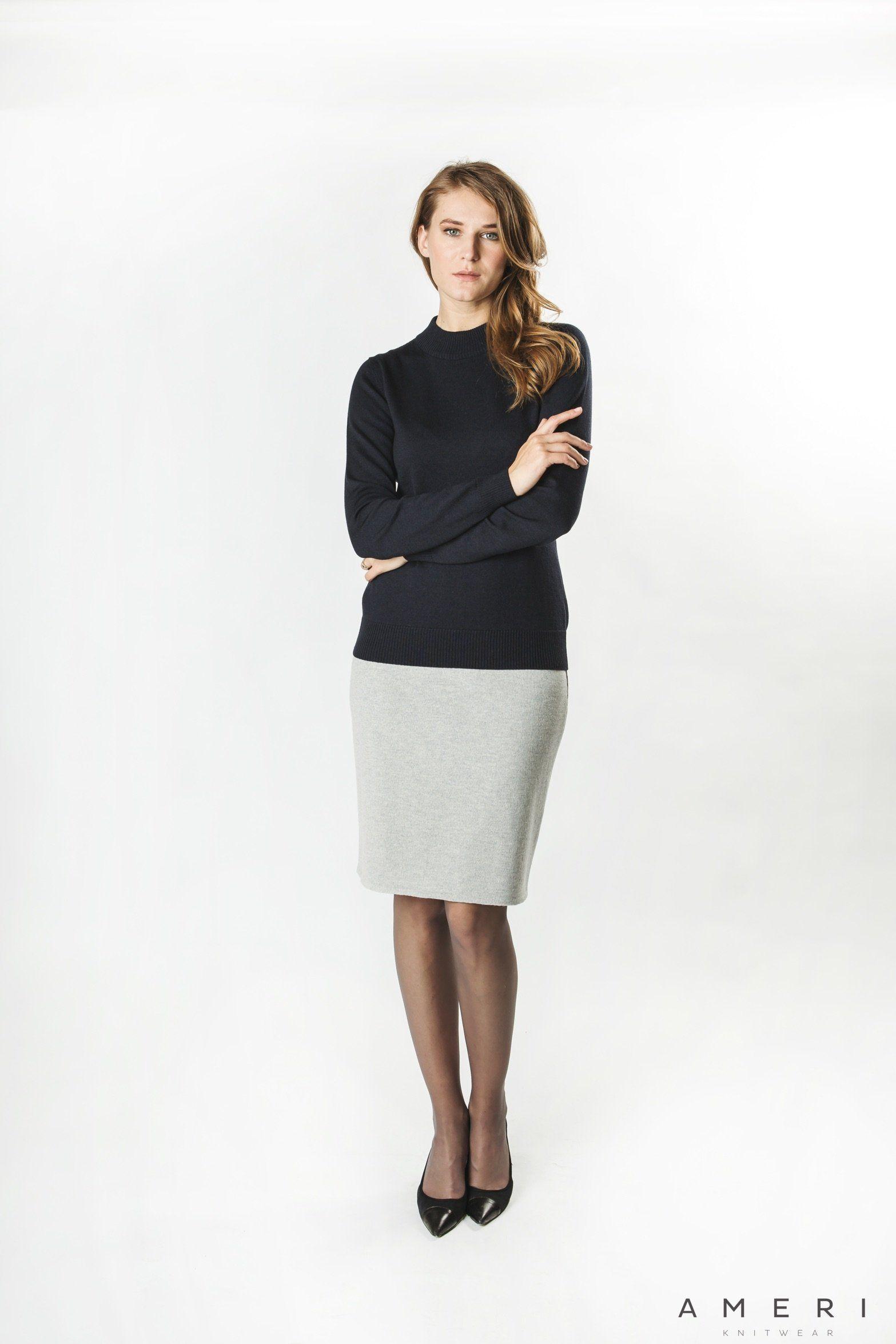 Merino džemperis ar stāvkrādziņu