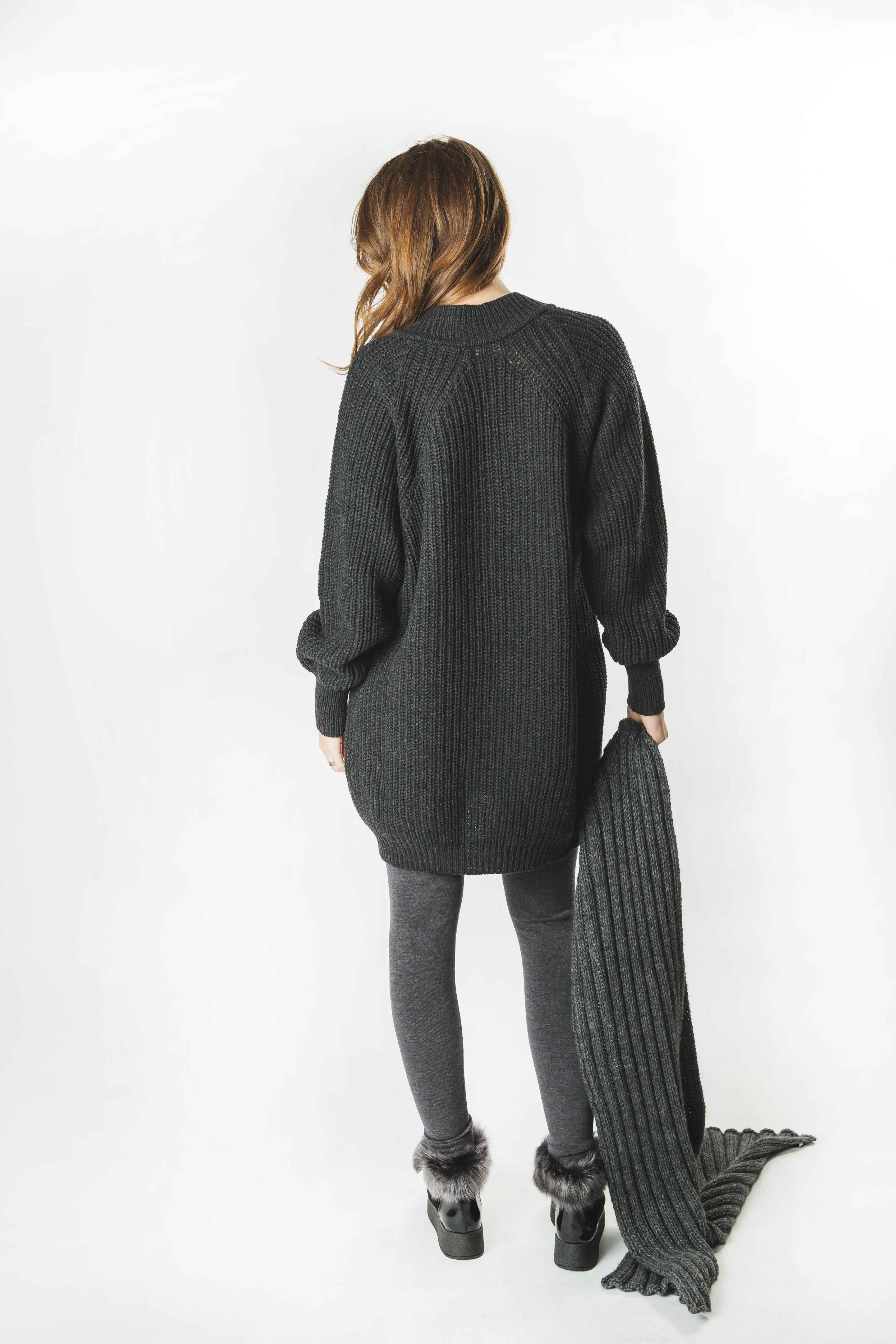 Kašmira vilnas brīvā stila džemperis