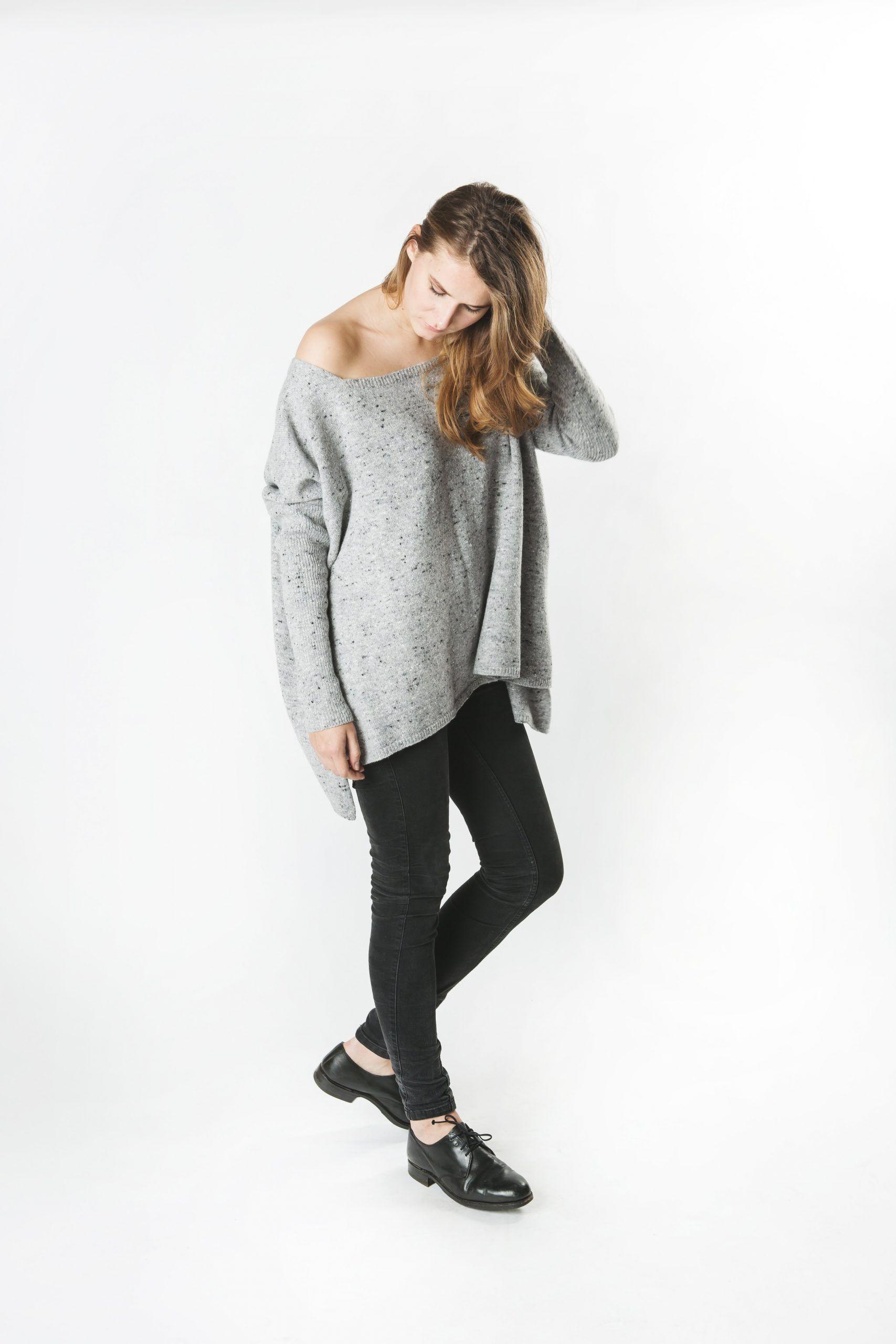 Kašmira vilnas brīvā stila džemperis ar atsegtu plecu